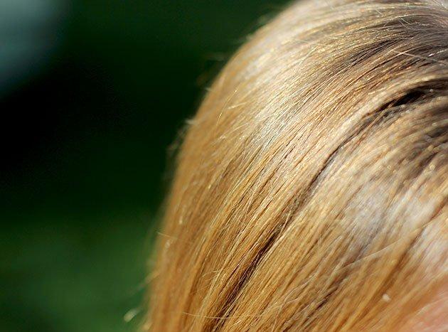 cheveux blond soleil