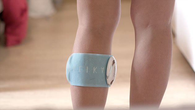 Appareil d'électrostimulation pour dégonfler les jambes lourdes