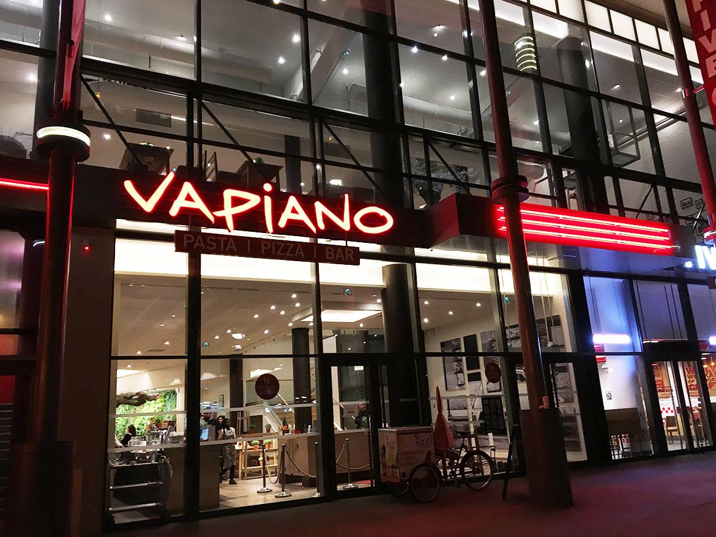 Devanture Vapiano Restaurant Disney Village