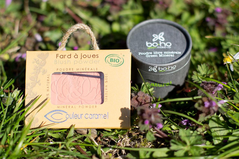 Maquillage Biotyfull Box Avril 2019: fard Couleur Caramel pêche et poudre libre Boho dans l'herbe