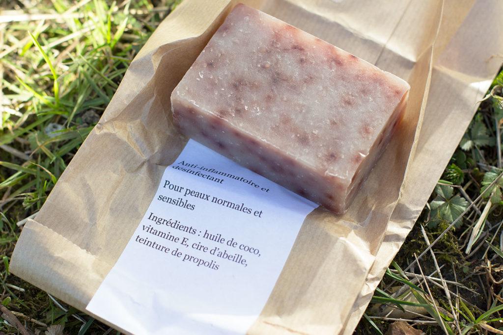 Abeille Box - savon à la propolis